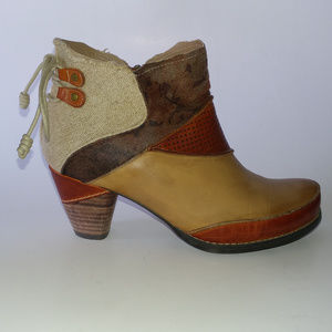 Elite Genuine Leather Bootie - Rags - Size 6